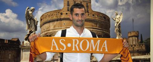 经纪人:戈纳隆在罗马很开心,不会转会马赛