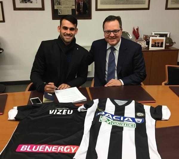 官方:乌迪内斯签下弗拉门戈前锋维泽乌