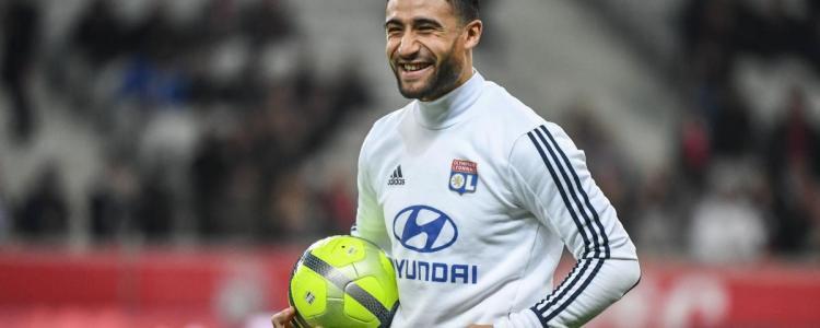 里昂前锋费基尔复出训练,希望入选法国队世界杯大名单