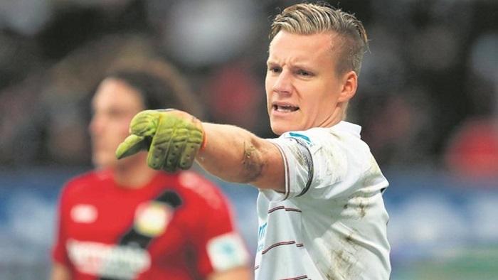 德媒:勒沃库森门将莱诺接近加盟阿森纳