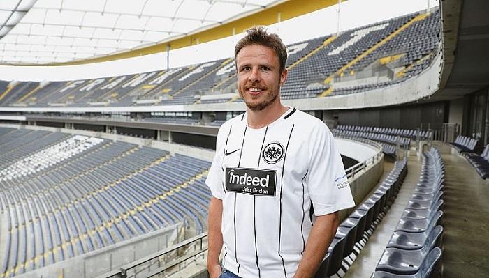 官方:法兰克福签下汉堡边锋尼古拉-穆勒