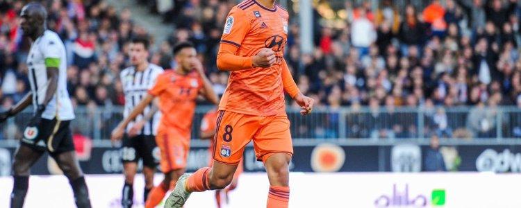 法国足球:阿森纳有意阿瓦尔,或可成为拉姆塞替身