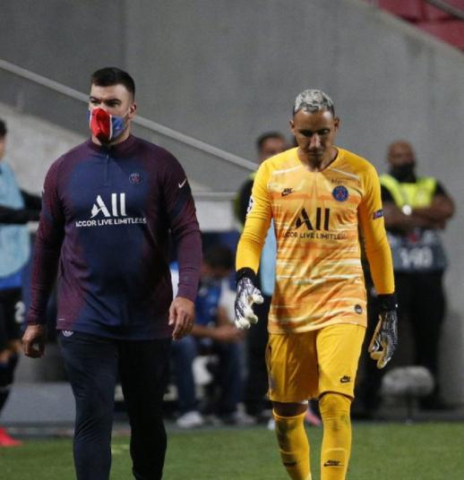 巴黎圣日耳曼官宣纳瓦斯受伤,或缺席欧冠半决赛