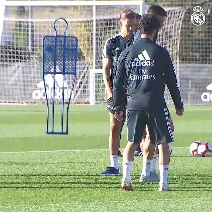 """""""皇家马德里""""2018月10月17日视频"""