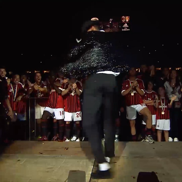 """AC米兰""2020月4月29日视频"