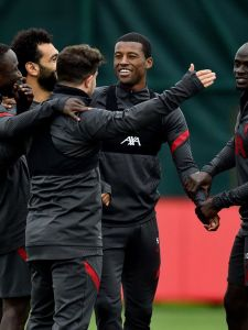 Wholesome training ground content 🥰 #LFC #LiverpoolFC #Liverpool #Training #UCL #ChampionsLeague