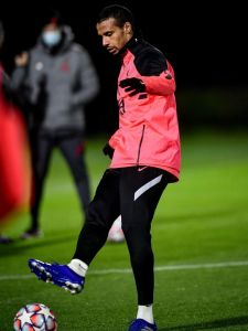 Final session ✔️ Big @championsleague game tomorrow. Score predictions, Reds?? 🧐 #UCL #ChampionsLeague #LFC #LiverpoolFC