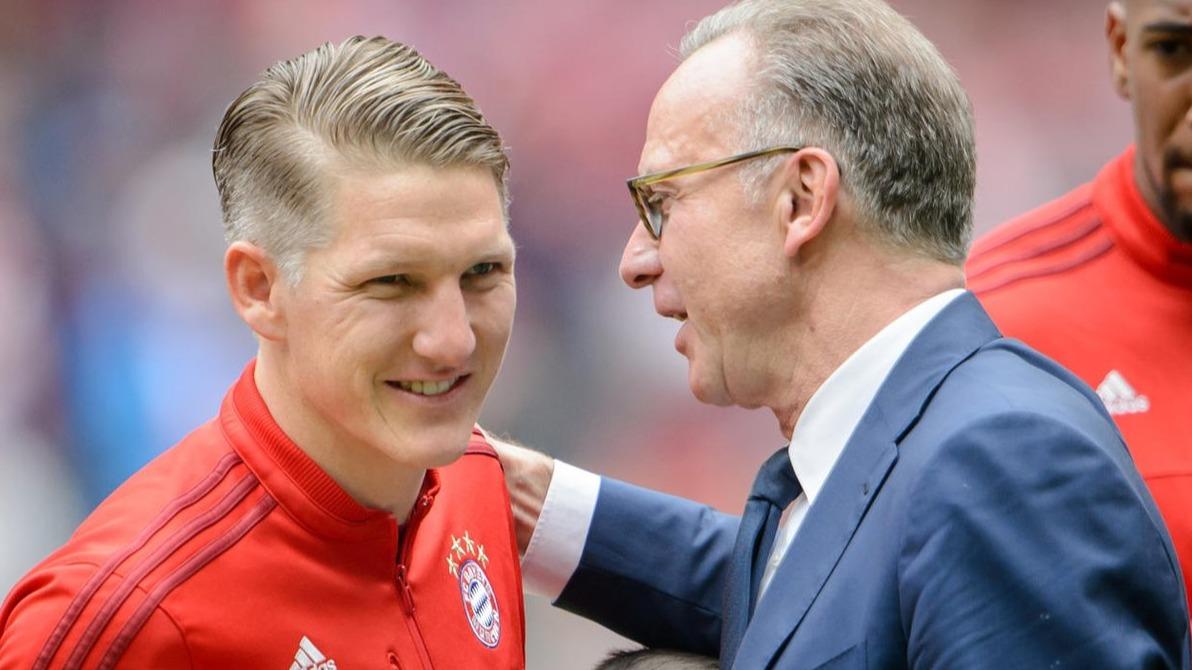 鲁梅尼格祝福小猪退役:拜仁慕尼黑的大门永远向他敞开