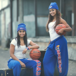 NCAA堪大美女双胞胎