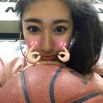 非诚美女爱篮球爱健身