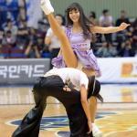 韩国宝贝热舞豪放露底